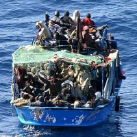Profughi_Lampedusa200