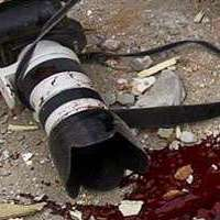 journalist-killed-camera-blood