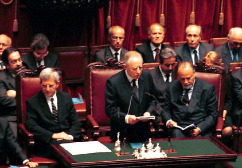 Le massime autorità dello Stato rendono omaggio a Carlo Azeglio Ciampi