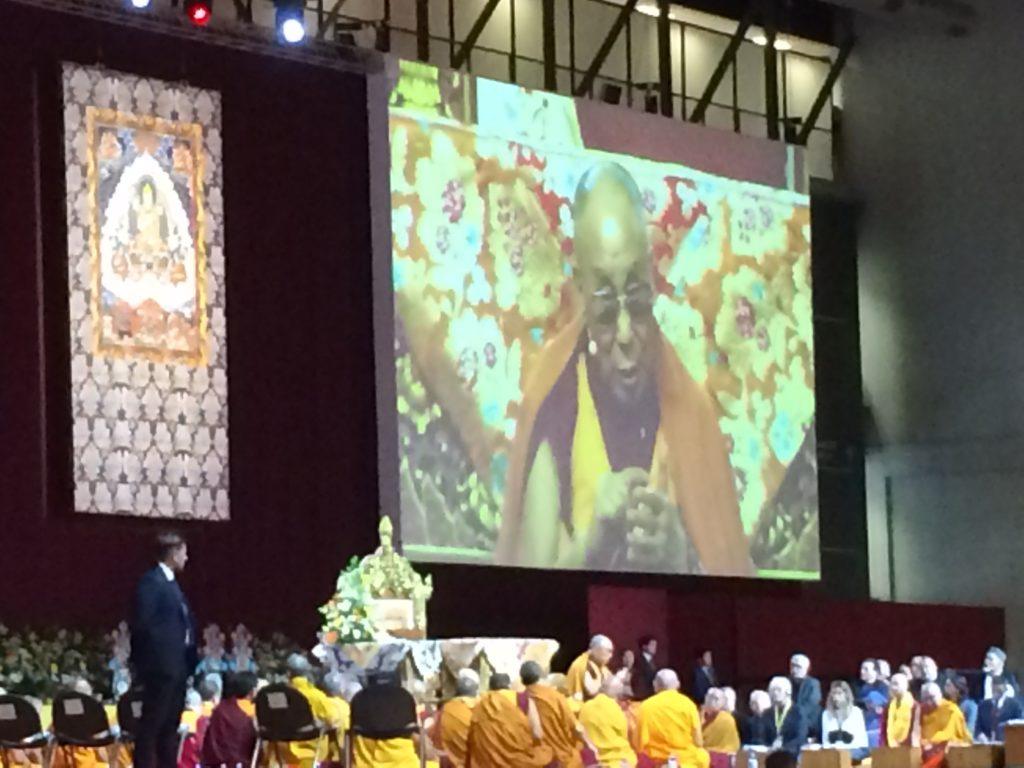 Il Dalai Lama a Milano, al via la protesta della comunità cinese