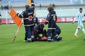 Non lasciamo che la morte di Morosini resti solo l'ennesimo tributo allo sport di una giovane vita
