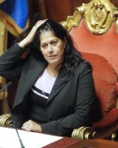FIRMA L'APPELLO: Rosy Mauro dimettiti