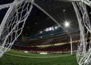 Alla ripresa dei campionati di calcio garantire il diritto-dovere di informare