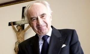 Vaticano: Accuse allo Ior, cercasi altre talpe. Manovre per la successione in corso