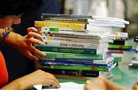 """""""I libri? Spediamoli a scuola"""""""