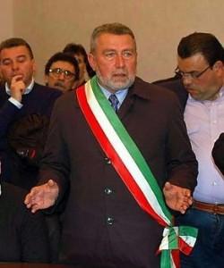 """Trapani. """"Sono disgustato ed amareggiato"""". Il sindaco Girolamo Fazio chiede ad Articolo21 il diritto di replica"""