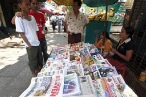 Svolta in Birmania: abolita la censura