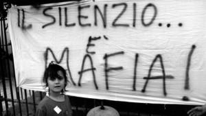 Il popolo malato di mafia che ha bisogno di una legge per ricordare