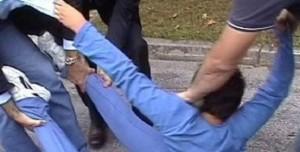 """""""Chi l'ha visto?"""" e il video chock del bimbo straziato dalla polizia. Dov'è la giustizia?"""