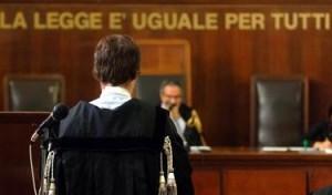 In Tribunale a Latina il processo per l'aggressione alla troupe de La7 dopo un servizio sullo sfruttamento dei braccianti. In aula anche Marco Omizzolo