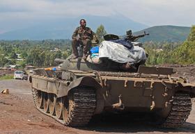 """Riesplode il conflitto in Congo. """"Accendete i riflettori"""""""