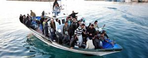 Lampedusa, gesto assordante che interroga. Sì alla riflessione sulle nuove ragioni del servizio pubblico proposta da Articolo21