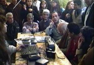 """Radio Colifata, insieme ai """"folli"""" per parlare di democrazia"""