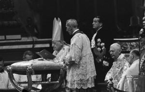 Ratzinger entra nella storia al 90esimo