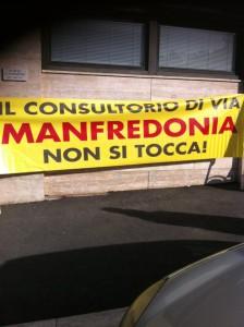 8 marzo: assemblea pubblica in piazza sotto le finestre del consultorio di via Manfredonia, a rischio chiusura