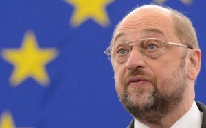 "Schulz: ""da Borghezio parole vergognose"". Oggi Art.21 a Strasburgo per consegnare 130mila firme ai parlamentari europei"