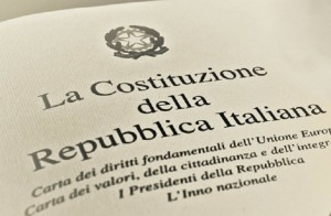 Costituzione, insieme per dire no alla manomissione della Carta