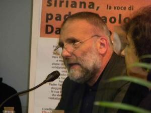 Siria, padre Dall'Oglio rapito da filo-Al Qaida
