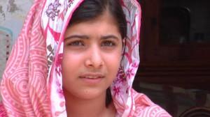 """""""Voglio che i leader del mondo scelgano i libri, non le pallottole"""". L'appello di Malala"""