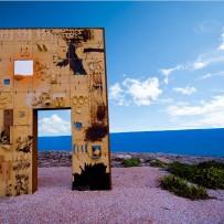 20 giugno 2021. Lampedusa si tinge di blu