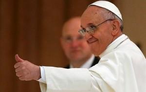 Domani l'Enciclica del Papa. Il fuoco di sbarramento è iniziato da tempo
