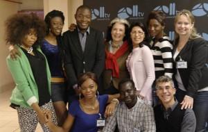 All-tv: il sogno di una TV multietnica diventa realtà a Milano grazie a Mbede Fouda, un giornalista rifugiato politico
