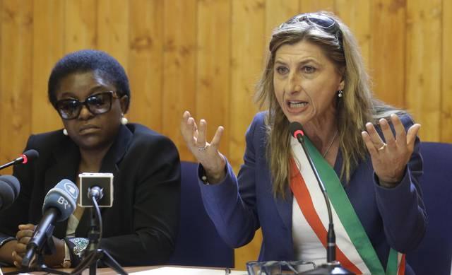 Black out a Lampedusa, Giusi Nicolini rischia: in testa Totò Martello