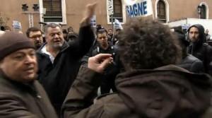 """""""Allarme acuto per violenze contro giornalisti. Solidarietà a Bertazzoni"""""""