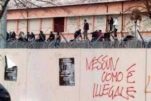 I CIE Italiani sono inumani e degradanti e fanno notizia anche all'estero. Cosa intende fare il governo Renzi?