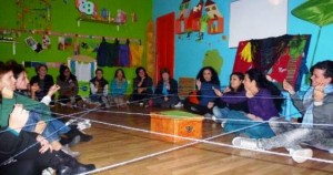 Un filo narrante per le donne di Lampedusa, e le donne del mondo vittime di soprusi