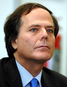 Perché non è stato riconfermato Moavero Milanesi? E quali saranno le azioni per ridurre le procedure d'infrazione?
