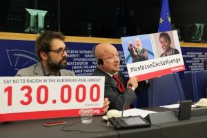Change.org, superati 2 milioni di utenti in Italia. Il video-ringraziamento di Corrado Guzzanti, Dario Fo e molti altri