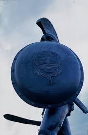 Con lo scudo o sopra lo scudo (I Tg di mercoledì 12 febbraio)