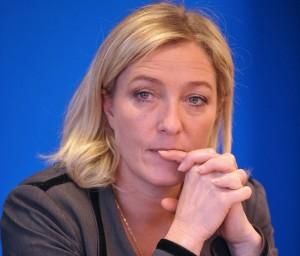 """Le elezioni municipali francesi e lo """"sdoganamento"""" del Fronte Nazionale"""