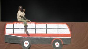 Amref: teatro di strada a Nairobi per promuovere un'idea forte di infanzia
