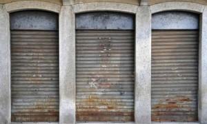 Saracinesche abbassate (I Tg di venerdì 6 giugno)