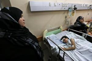 """""""Oh no! Non un altro carico ancora di decine di mutilati e insanguinati"""". Lettera di un chirurgo norvegese da Gaza"""