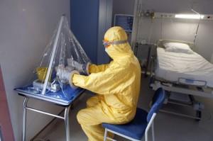 Illuminare le periferie e prevenire le nostre paure. Il caso Ebola