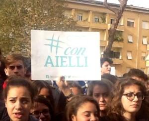 Migliaia di giovani sfilano per le vie di Latina per dire NO alle mafie
