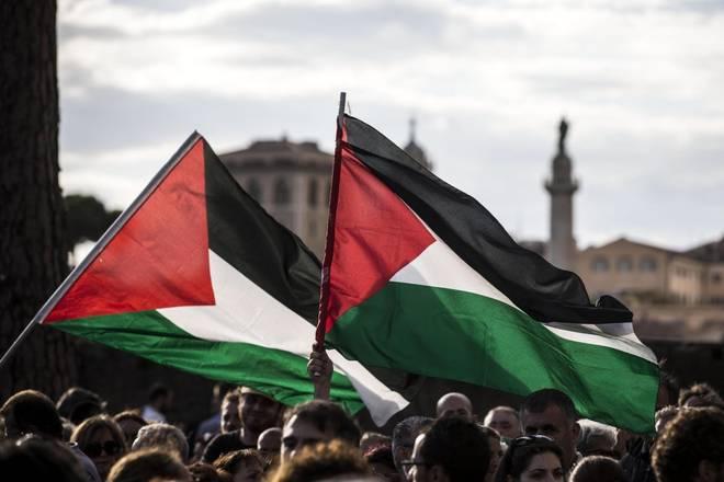 Gaza: un manifestante palestinese morto, 168 feriti