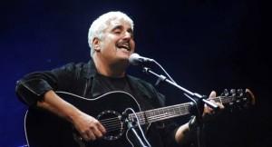 Pino Daniele cantava il blues napoletano, il dolore che diventa poesia