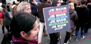 Parigi, un'immensa folla unita nei valori della libertà, fraternità ed uguaglianza