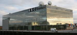 La BBC cambierà pelle: minori controlli dal governo e più servizio pubblico globale