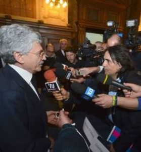 """Informazione: Della Volpe (Fnsi), """"il giornalista, politico, Massimo D'Alema sbaglia a minacciare querele a cronista per una domanda"""""""