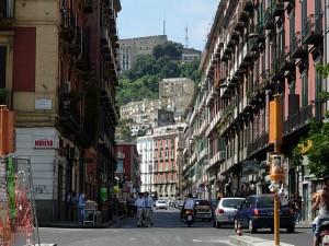 Napoli, contro la crisi arriva 'Nudi & Sfusi'