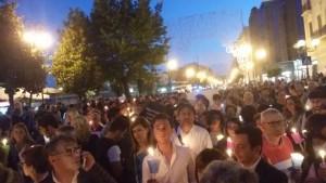 Morte blogger Piccolino, a Formia fiaccolata di solidarietà