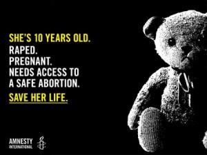 Stuprata a 10 anni, incinta da cinque mesi. Il Paraguay le nega l'aborto