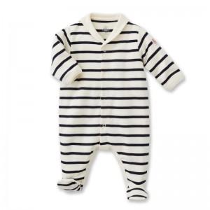 Tutto l' indispensabile per il tuo neonato da portare in vacanza