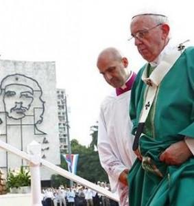 Il Papa a Cuba: oltre il castrismo (e la revoluciòn) per un mondo più giusto