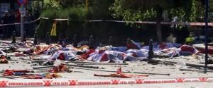 Ankara, 97 morti, 400 feriti. Le autorità turche censurano le immagini. Ennesimo bavaglio alla libertà di informazione